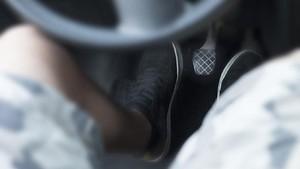 5 Kebiasaan 'Nyetir' yang Merusak Kopling Mobil Manual