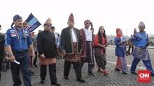 SBY Disoraki saat Naik Mobil Golf, Projo Dituntut Minta Maaf