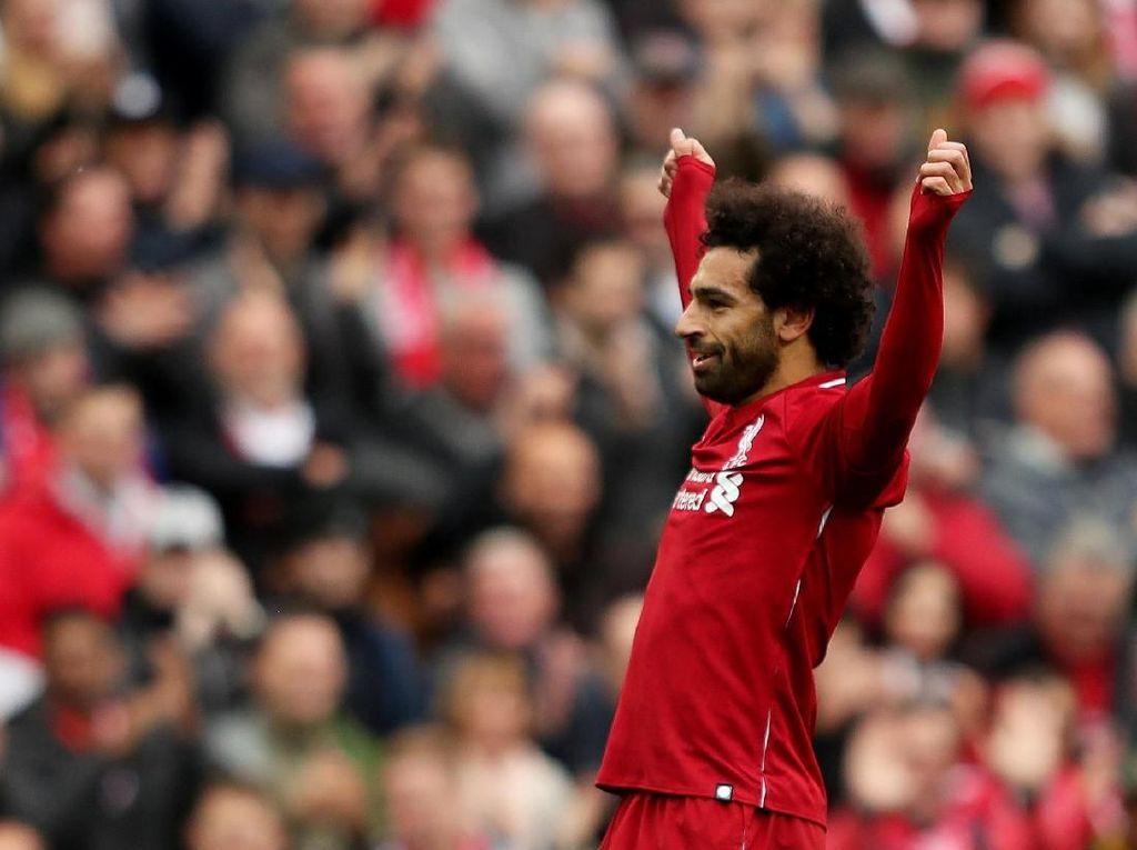 Mohamed Salah begitu riang merayakan gol tersebut karena sudah mengakhiri puasa golnya yang bertahan selama tiga pertandingan terakhir. Ini adalah periode terpanjang puasa gol Salah selama berseragam merah-merah. (Lee Smith/REUTERS)