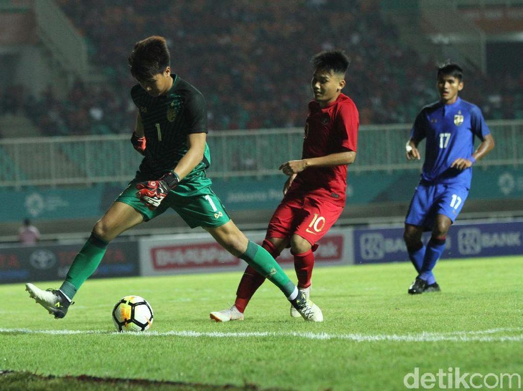Indonesia membalas di menit ke-34. Witan Sulaeman menyamakan skor menjadi 1-1 yang bertahan hingga istirahat.