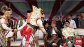 Ketua Umum Partai Demokrat Susilo Bambang Yudhoyono (SBY) terlihat menghadiri deklarasi kampanye damai yang dinggelar oleh KPU di Monas, Jakarta (23/9). (CNN Indonesia/Hesti Rika)