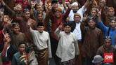 Pasangan Capres-Cawapres Prabowo dan Sandiaga Uno mengikuti Pawai Deklarasi Pemilu Damai 2019-2024 di kawasan Monas dan Patung Kuda. Jakarta.Minggu (23/9). (CNN Indonesia/Andry Novelino).