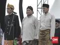 Jokowi-Ma'ruf Kampanye di 'Kandang' Prabowo, Sandi ke Cianjur