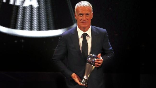 Didier Deschamps jadi pelatih terbaik tahun ini. Keberhasilannya mengantar Prancis jadi juara Piala Dunia merupakan prestasi besar Deschamps tahun ini. (Reuters/John Sibley)