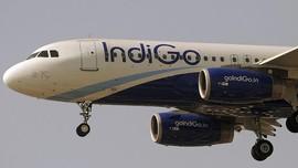 Hendak Cas Ponsel, Penumpang India Paksa Masuk Kokpit Pesawat