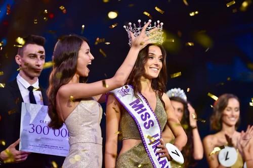 Cantiknya Veronika, Miss Ukraine yang Dicopot Gelarnya karena Status Janda