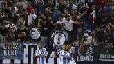 Tim papan bawah Leganes tampil mengejutkan lewat aksi Nabil El Zhar memanfaatkan assist Jonathan Silva. (REUTERS/Sergio Perez)