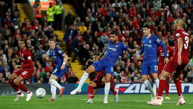 Chelsea baru bisa menyamakan kedudukan pada menit ke-79 melalui bek kiri Emerson. (Action Images via Reuters/Lee Smith)
