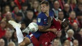 Chelsea melangkah ke babak keempat Piala Liga Inggris setelah mengalahkan Liverpool 2-1 di Stadion Anfield, Rabu (26/9) waktu setempat. (Action Images via Reuters/Lee Smith)