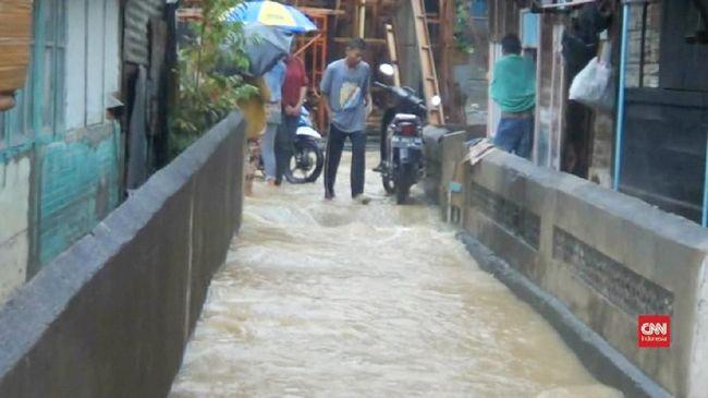 Banjir Pasaman Barat Rendam 11 Kecamatan