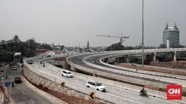 Seksi II ruas Brigif-Sawangan sepanjang 6,30 KM bakal selesai Desember 2018. (CNN Indonesia/Andry Novelino)