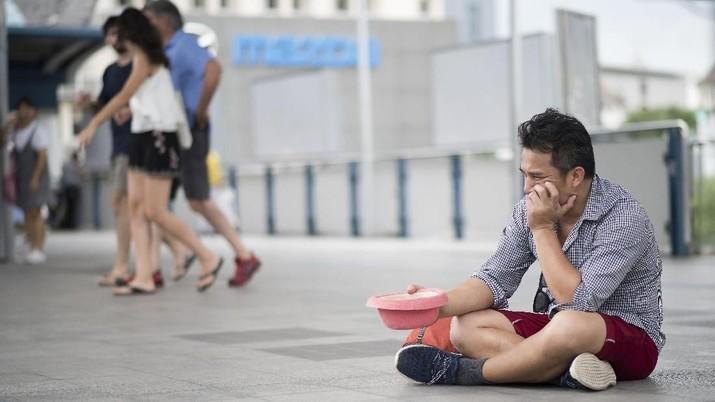 Sebanyak 46% kaum milenial di Amerika Serikat diprediksi tidak memiliki tabungan sama sekali.