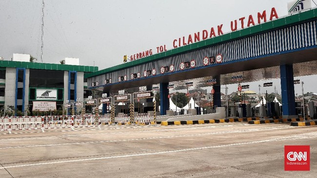 Pembangunan tol sepanjang 21,6 km ini terbagi ke dalam tiga seksi. (CNN Indonesia/Andry Novelino)
