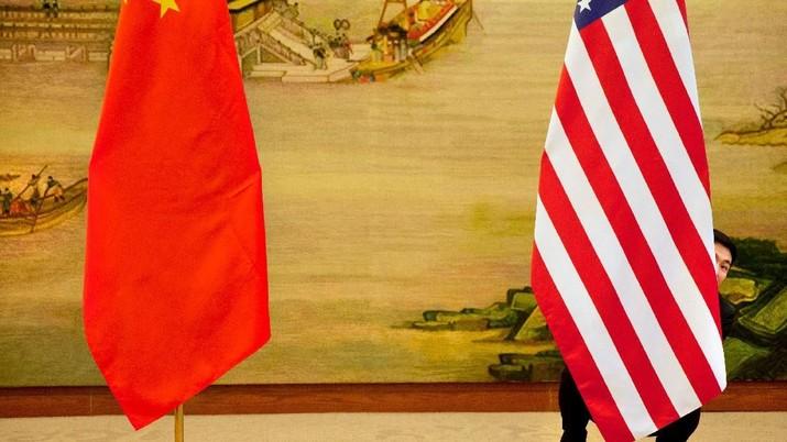 China Bingung dan Jengkel dengan Kelakuan Trump!