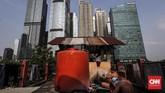 Gedung-gedung tinggi menjadi simbol kesuksesan sebuah kota, namun perlahan