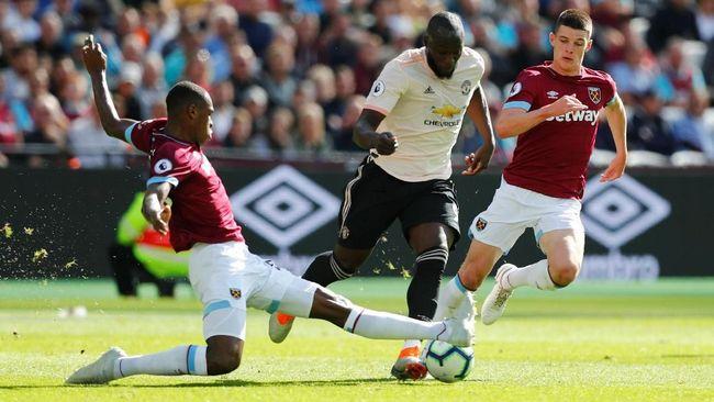 Dikalahkan West Ham, Mourinho Sebut Issa Diop Monster