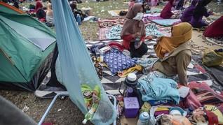 Pengungsi Tsunami di Pandeglang Alami Sesak Napas dan Diare