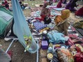 Khawatir Gempa Susulan, Warga Sigi Tidur di Pekarangan Rumah
