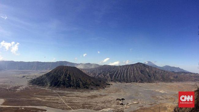 Gunung Bromo Masih Fluktuatif, Radius Aman Wisatawan 1 Km