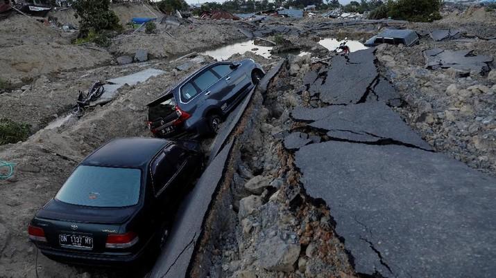 Banyak Hoax Gempa, Wiranto Tunjuk Sutopo BNPB Beri Penjelasan