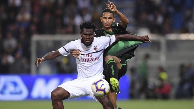 AC Milan sukses meraih kemenangan kedua di Liga Italia dan kemenangan pertama sejak mengalahkan AS Roma pada 1 September lalu. (REUTERS/Alberto Lingria)