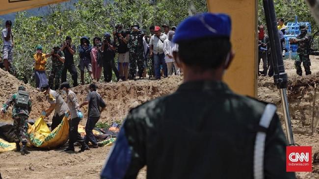 Pemerintah telah membuka pintu bagi dunia internasional yang berniat memberi bantuan gempa. Meski demikian pemerintah merasa belum menetapkan gempa Palu, Sulawesi Tengah sebagai bencana nasional. (CNN Indonesia/Adhi Wicaksono)