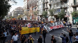 200 Ribu Orang Demo di Barcelona, Tolak Sidang Para Separatis