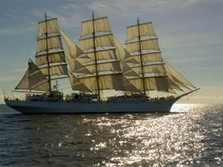 100 Tahun Restorasi Polandia, Kapal Bersejarah Kunjungi RI