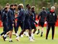 FOTO: Mourinho dan Pogba Disorot Jelang MU vs Valencia