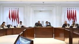 Para Menteri Jokowi Bungkam Usai Rapat Soal Revisi UU Migas
