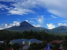 Gunung Soputan Erupsi, Kolom Abu 4.000 M di Atas Puncak