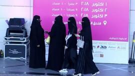 Saudi Akan Cabut Aturan Wanita Harus izin Pria jika Bepergian