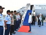 Kunjungi Korban Gempa, Jokowi Gelar Rapat di Bandara Lombok
