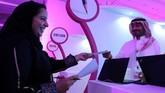 Seperti bursa kerja lainnya, disini para perempuan Arab Saudi juga bisa langsung melakukan lamaran pekerjaan (REUTERS/Stringer)