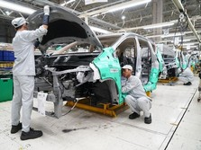 Gara-gara Perang Dagang, Penjualan Mobil di China Anjlok