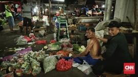 FOTO : Rupiah Mulai Bikin Harga Pangan Naik, Daya Beli Turun
