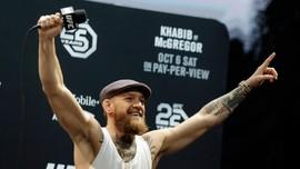 McGregor Menanti Justin Bieber vs Tom Cruise di Ring