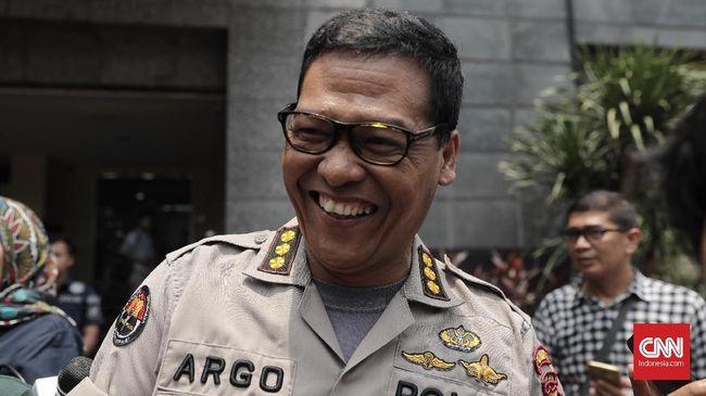 Polisi Panggil Eks Pebalap Alex Asmasoebrata Terkait UU ITE