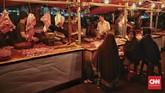 Badan Pusat Statistik (BPS) mencatat deflasi 0,05 persen pada Agustus 2018. Namun, BPS membantah deflasi dikarenakan daya beli masyarakat yang menurun. Menurut BPS, deflasi karena harga sejumlah barang dan jasa memang turun. (CNN Indonesia/Bisma Septalisma).