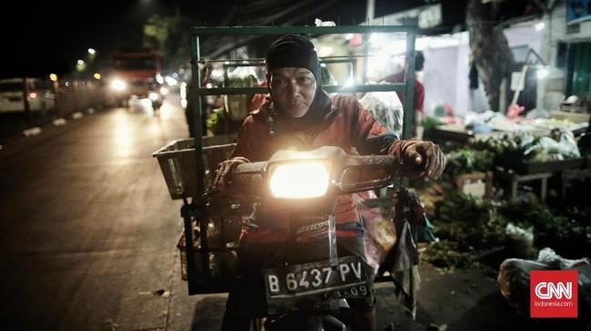 Sementara itu, pelaku usaha ritel menyebut akan menahan ekspansi tahun depan apabila masyarakat mengerem konsumsinya. (CNN Indonesia/Bisma Septalisma).
