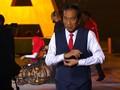 VIDEO: Jokowi Pamer Kebolehan Memanah di Panggung APG 2018