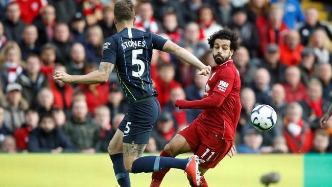 Liverpool menjamu Manchester City dalam laga pekan kedelapan Liga Inggris. Duel ini merupakan duel paling seru di pekan kedelapan. (Reuters/Carl Recine)