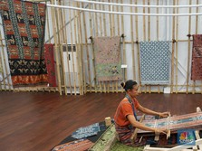Indonesia Pavillion: Crafters' Hope for Wider Market Access