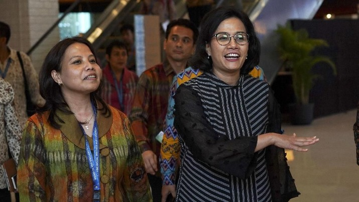 Menteri Keuangan Sri Mulyani Indrawati menegaskan IMF-WB Annual Meetings di Nusa Dua, Bali, bukanlah ajang untuk kembali berutang kepada IMF.