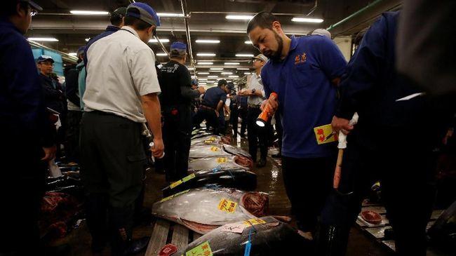 Pasar Baru Tsukiji: Ritual Lama, 'Beda Rasa'