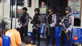 VIDEO: Kades Diduga Pimpin Penjarahan Rumah Korban Gempa Palu