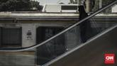 Stasiun Cakungjuga menyiapkan satu unit lift di pintu selatan serta dua unit lift dan dua unit eskalator berada di masing-masing peron 1-2 dan peron 3-4. (CNN Indonesia/Adhi Wicaksono)