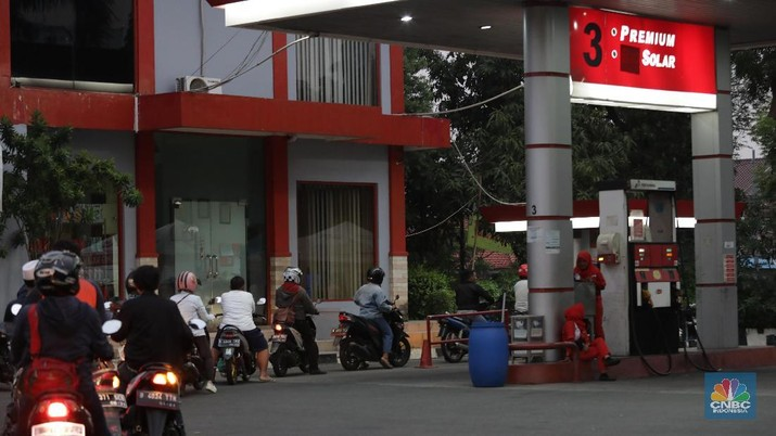 Shell & Vivo Turun Harga Bensin, Pertamina dan Total Kapan?
