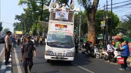 VIDEO: Massa PA 212 Kawal Amien Rais yang Diperiksa Polisi