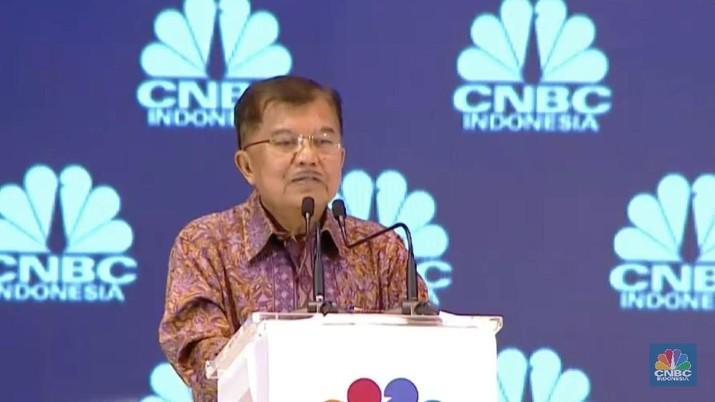 JK menilai Indonesia tidak perlu khawatir dengan kebijakan The Fed. Meski Bank Sentral AS ini menaikkan suku bunganya, seharusnya tidak berpengaruh ke rupiah.